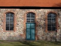 Haupteingang der Kirche von Siebeneichen